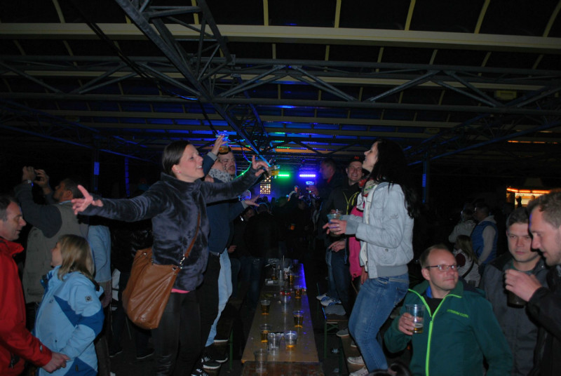 Es war zwar arschkalt und fast Apres Ski-Feeling aber super Stimmung und viele Leute zur Malle-Party!