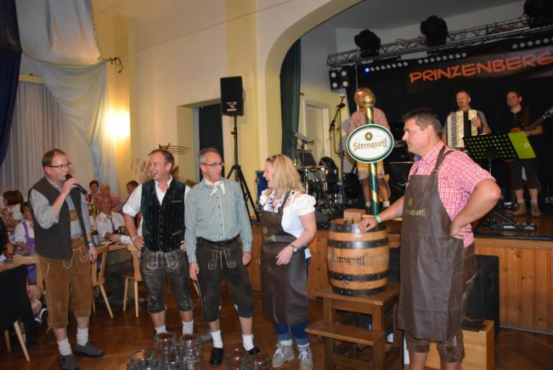 Eröffnung der 1. Kürbitzer Wiesn...natürlich mit leckerem Sternquell! :)